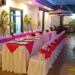 hotel-verano-plaza-mesa-sillas-800x800